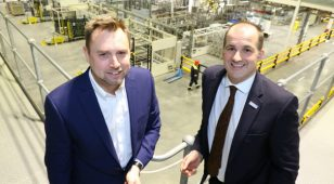 Jake Berry MP, Minister for the Northern Powerhouse and Local Growth, has praised AkzoNobel for its innovation and commitment to sustainable manufacturing during a visit to the company's Ashington factory.