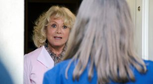 Musical theatre legend, Elaine Paige OBE, has a starring role in 'Missing a Note'.